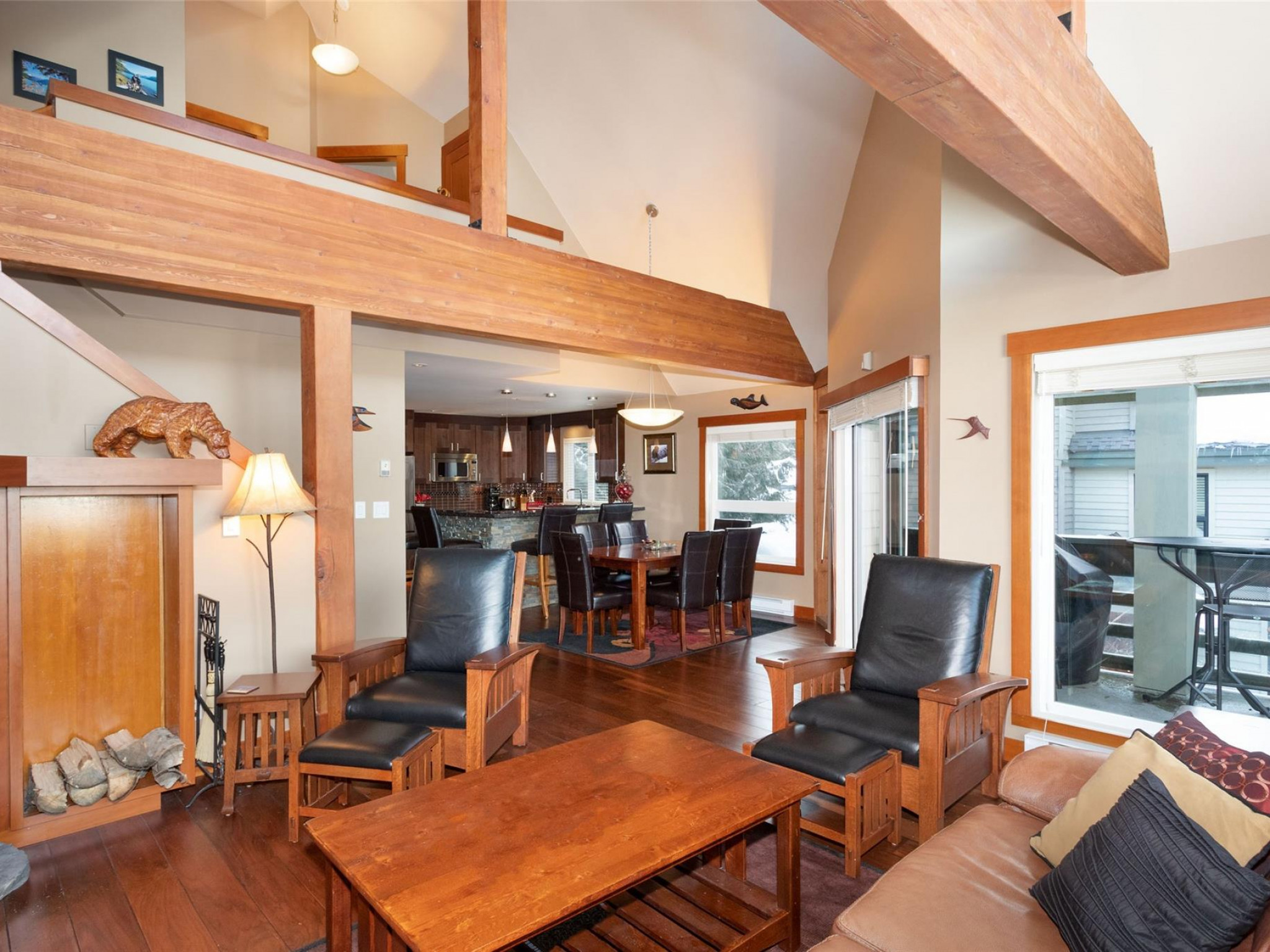 10-4645 Blackcomb Way image 3