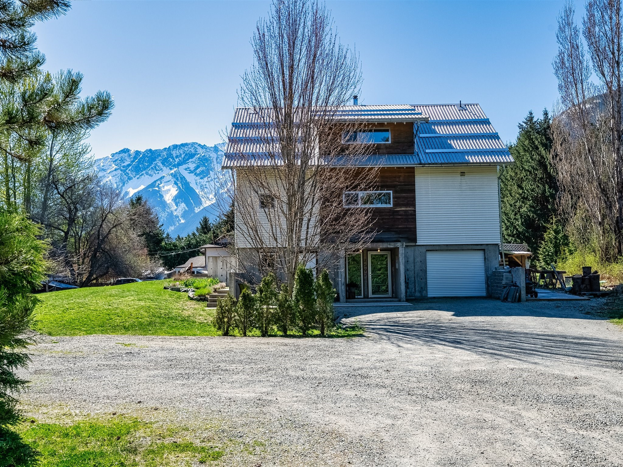 7597 Pemberton Meadows Road image