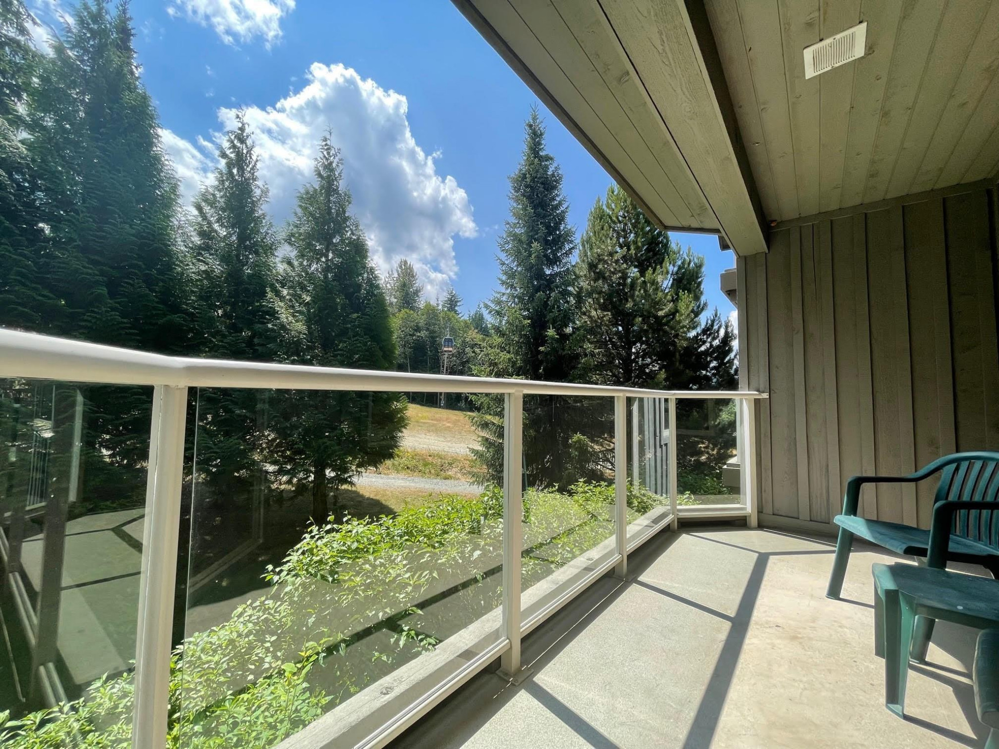 353-4800 Spearhead Drive image 1